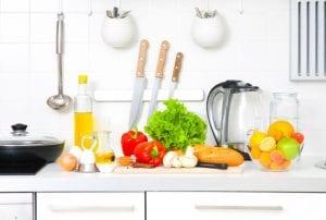 שבעה טריקים מהמטבח המסייעים לירידה במשקל