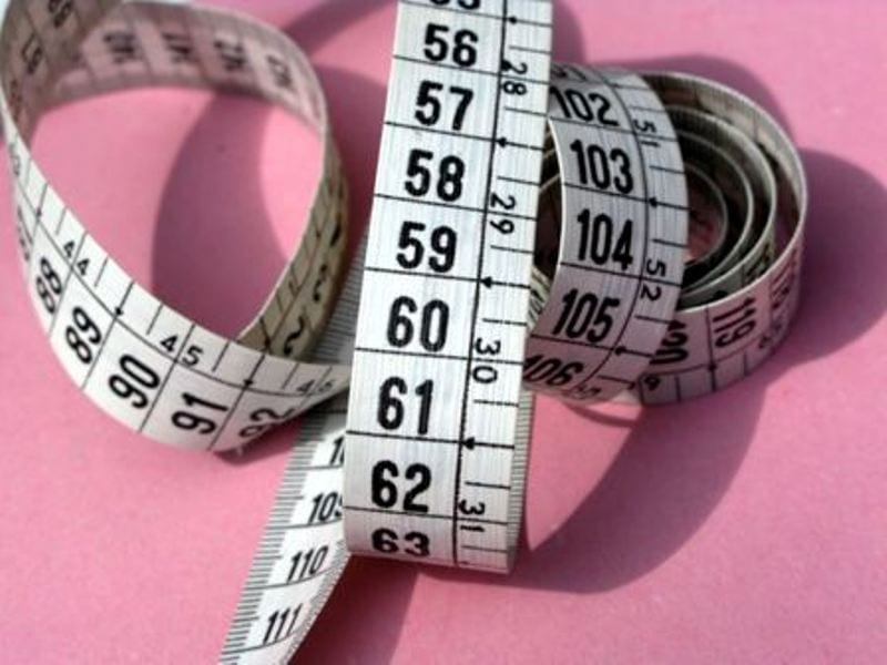 האם השמנת יתר קשורה לגיל?